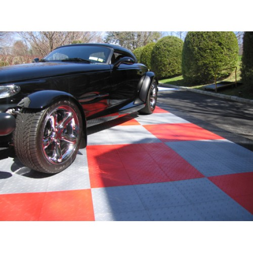AutoDeck 5 - Diamond Plate Garage Floor Tiles